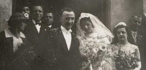 Marriage Nita (Catsoulis) John Margos July 1939 Bellingen Chrisanthe Catsoulis far left
